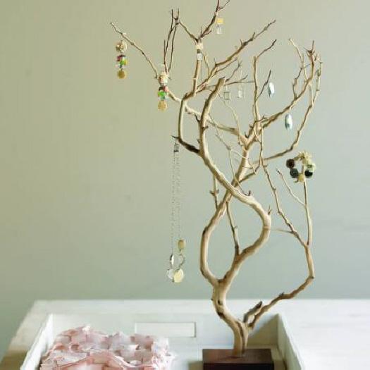 Как украсить деревья своими руками
